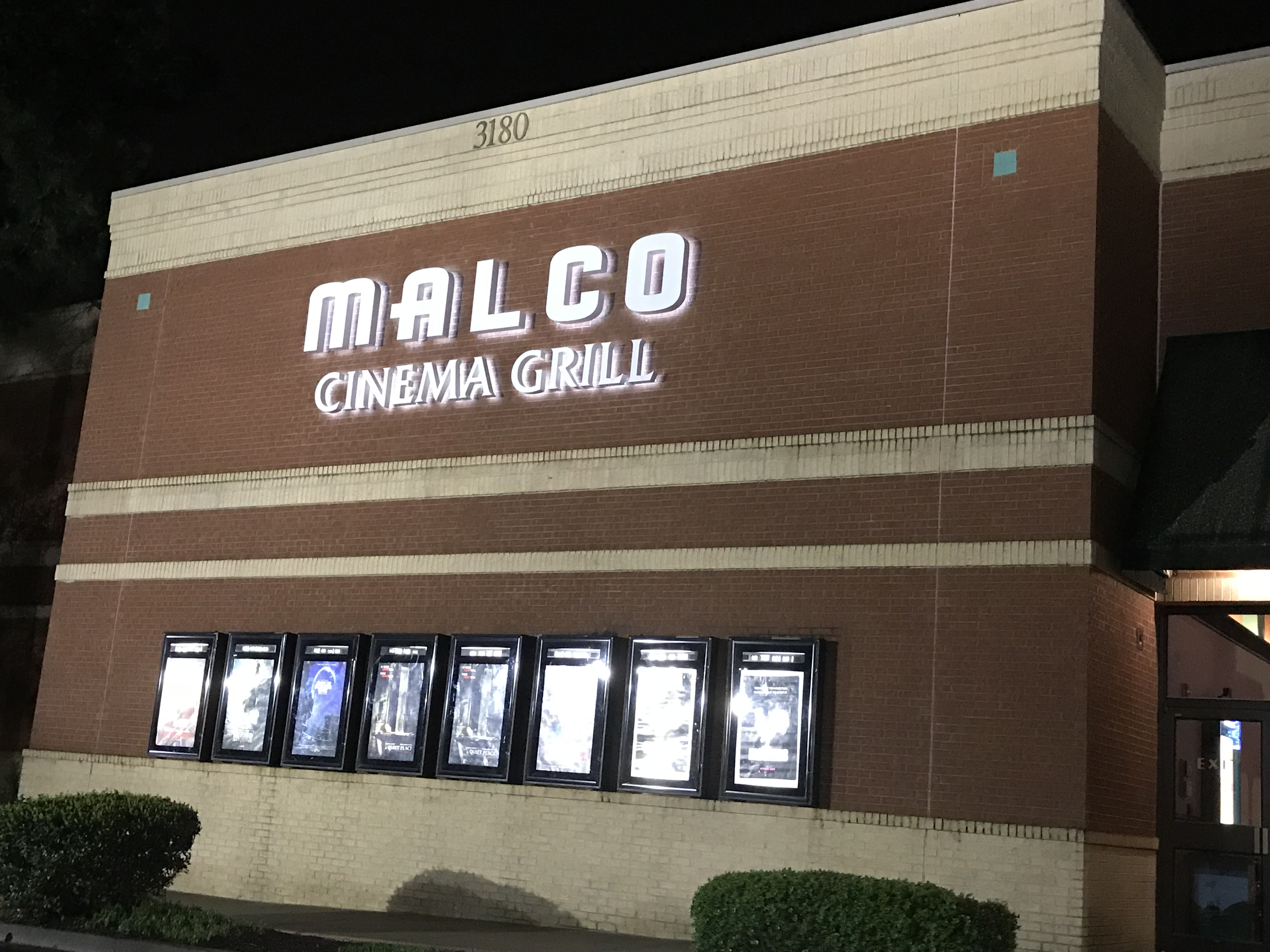 Movies playing in tupelo mississippi